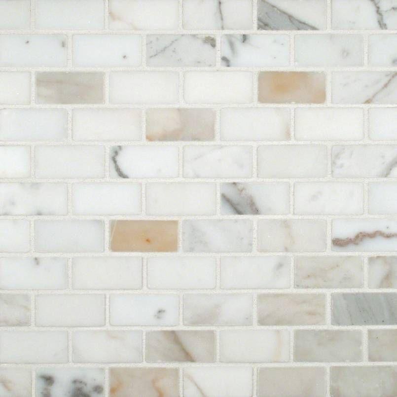 31 Luxury Calacatta Gold Marble Backsplash Countertop Ideas Creative Kitchen Backsplash Classic White Kitchen White Kitchen Design
