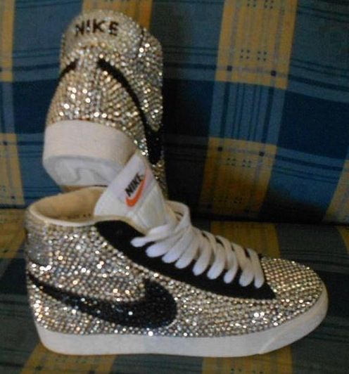 Fully Covered Bling Black and White Crystal Nike Blazer SB 19e302ba3