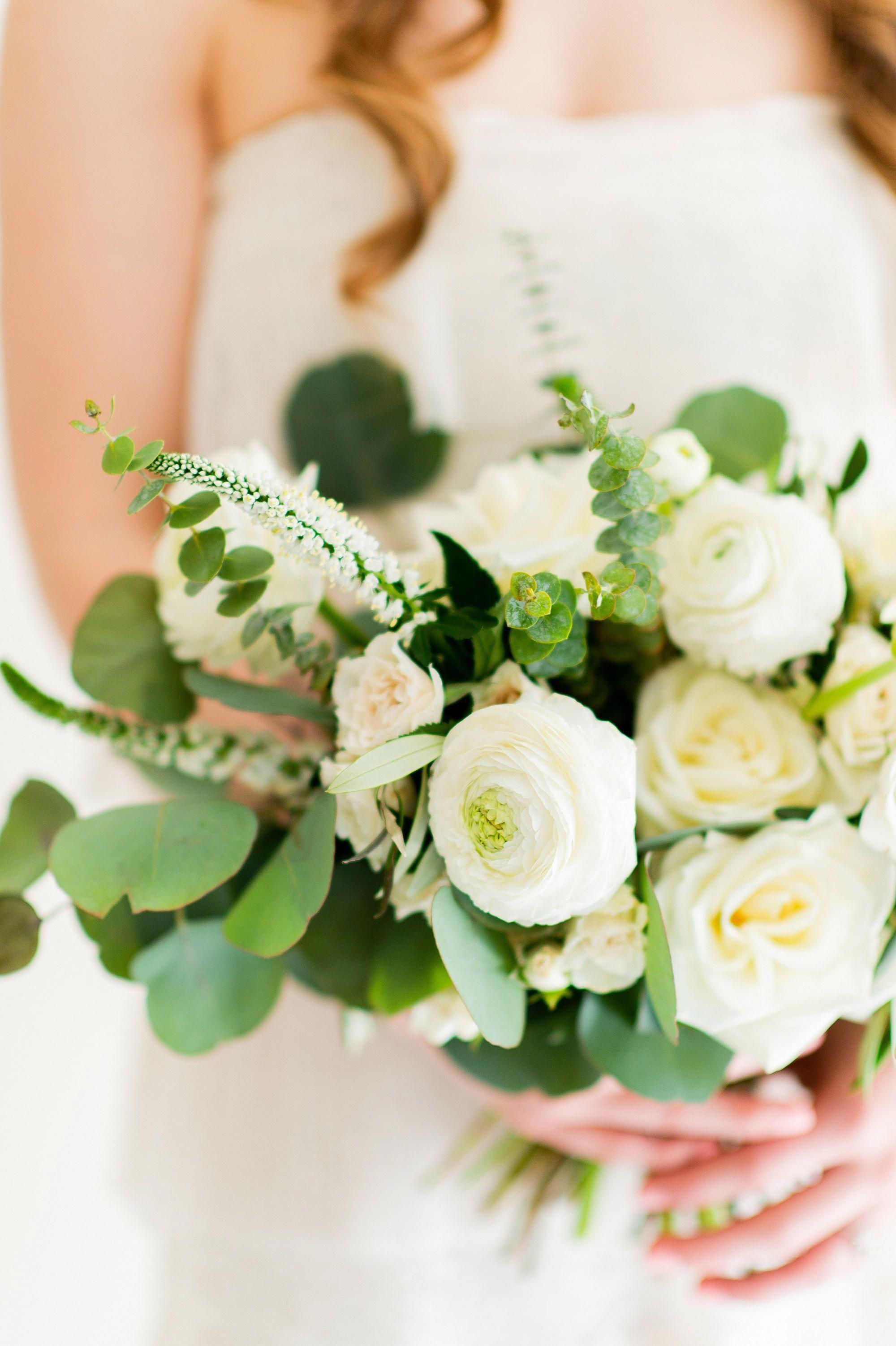 Ranunculus Asiaticus Care Ranunculus Wedding Flower Packages Cream Bridal Bouquet Bridal Bouquet Flowers
