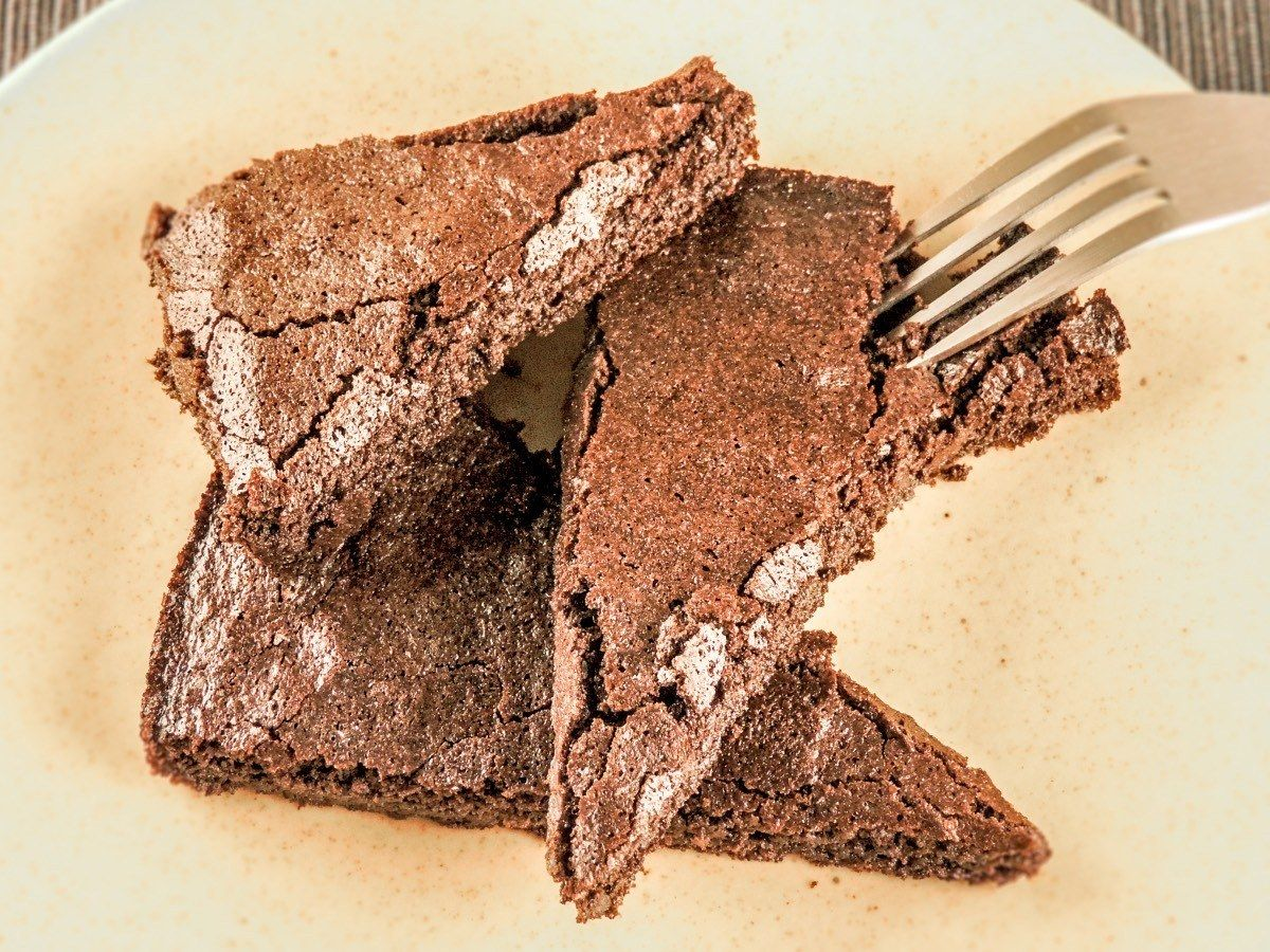 Keto Diet Lava Cake Recipe: Keto Gooey Chocolate Cake