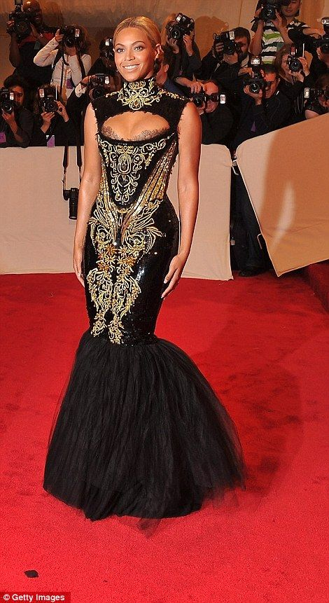 Newly slim Beyonce and daring racy in lace Rihanna turn heads in ...