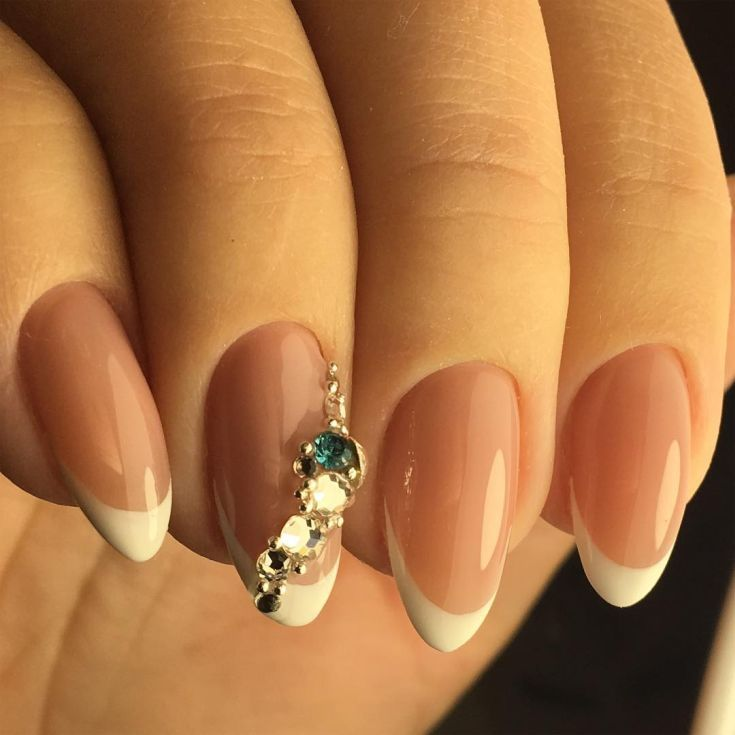 Best 70+ Almond shaped French tip nails 2018 | ручки и ножки ...