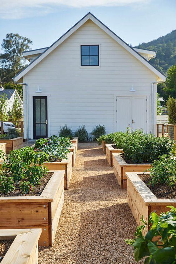 Wir lieben diesen Gemüsegarten im Landhausgarten