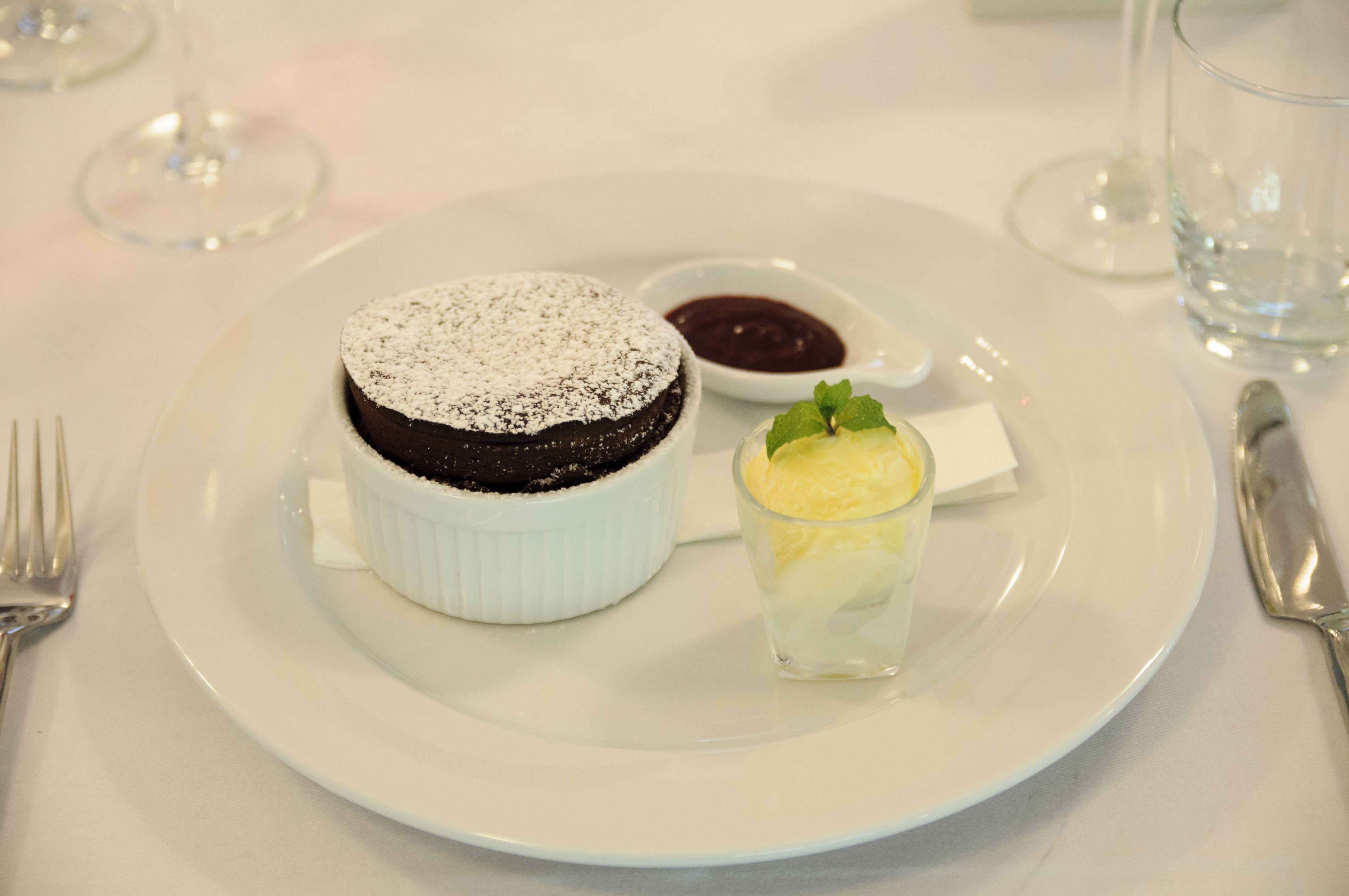 Chocolate Suffe่ Served with Fine home made Ice Vanilla Cream