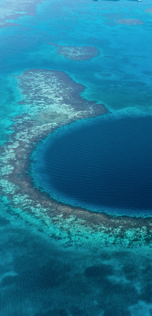 The Great Blue Hole in Belize #bluehole #travel #belize