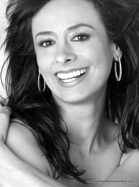 Patricia rcole: Fotos de actriz colombiana desnuda en SoHo 84