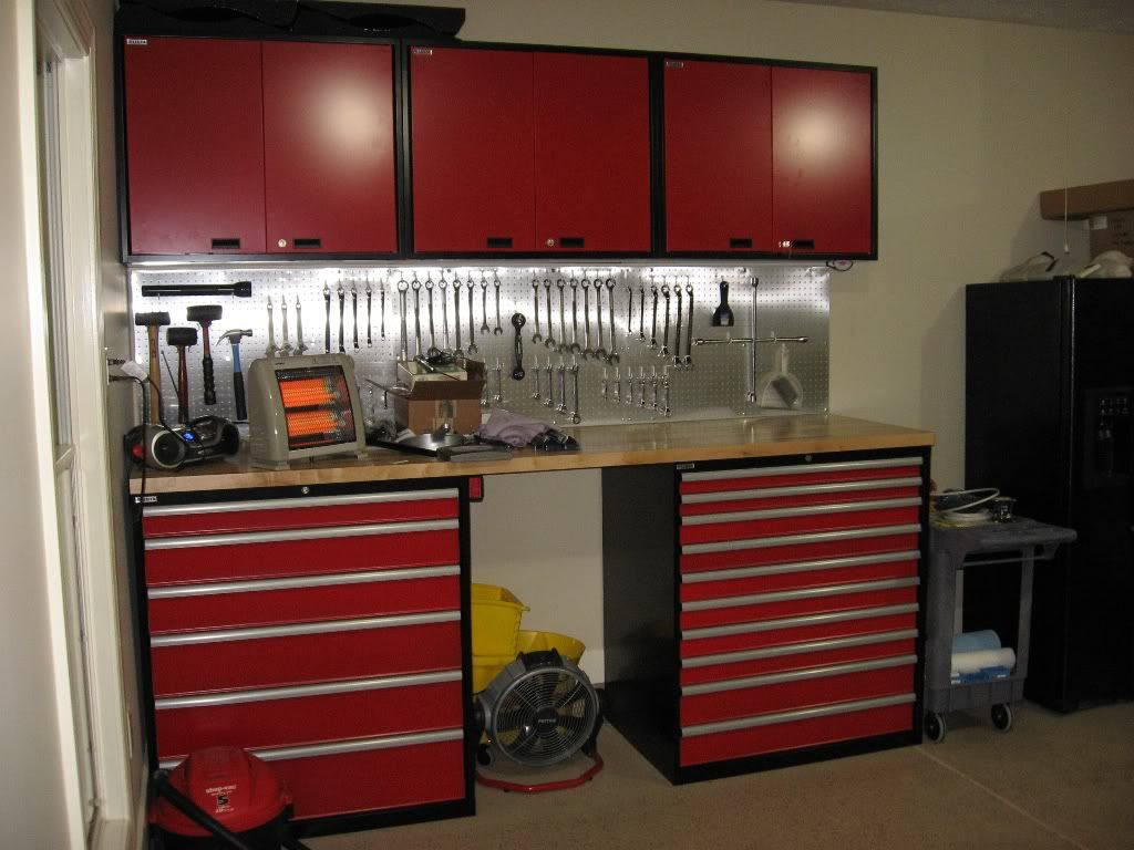 How To Building A Garage Workbench With Images Garage Work