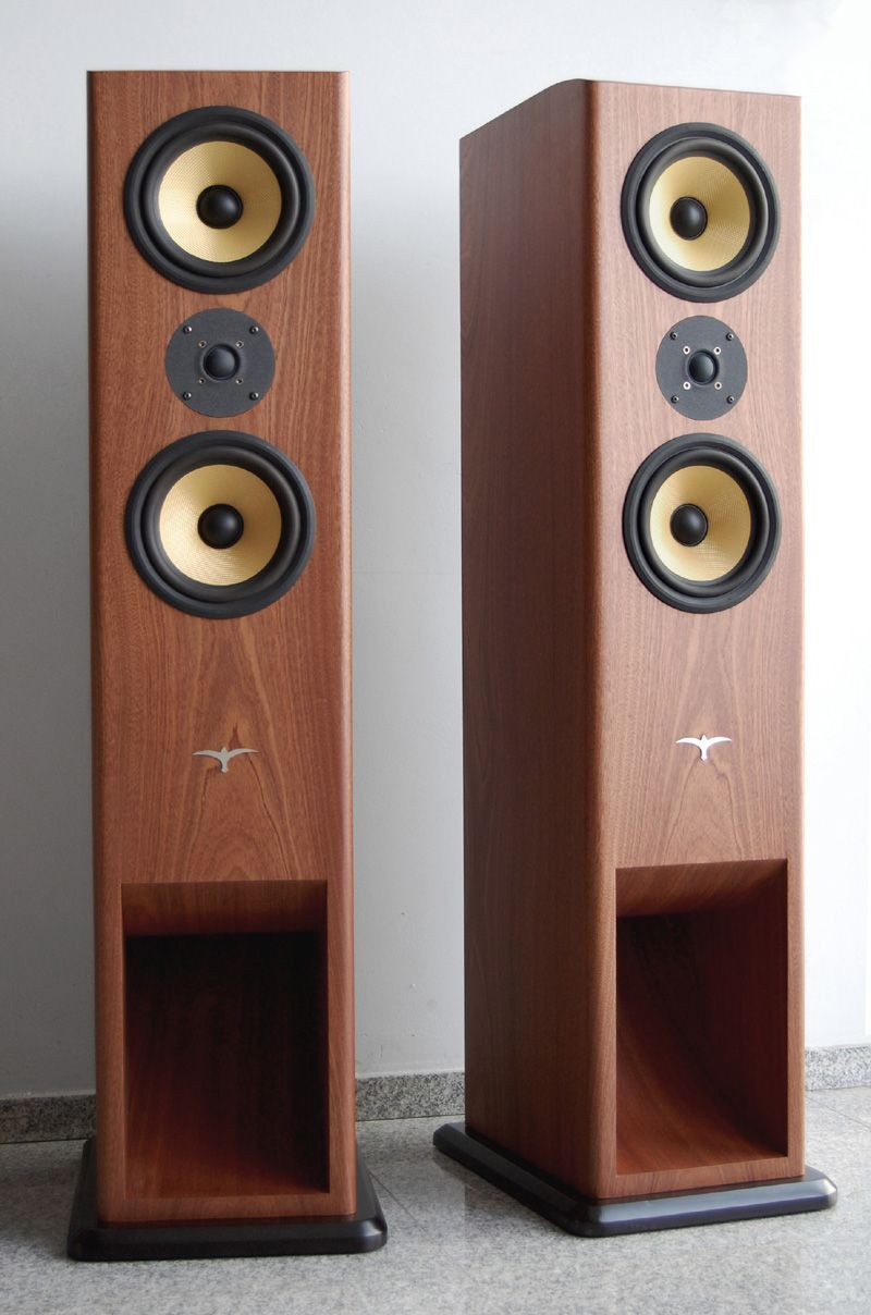 BW Bowers Wilkins Two Way BVR Short Horns Speakers