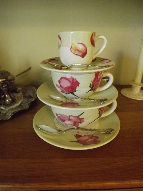 Difference Between Coffee Tea Cups Gien Rose Frontal Stacked View And Clear