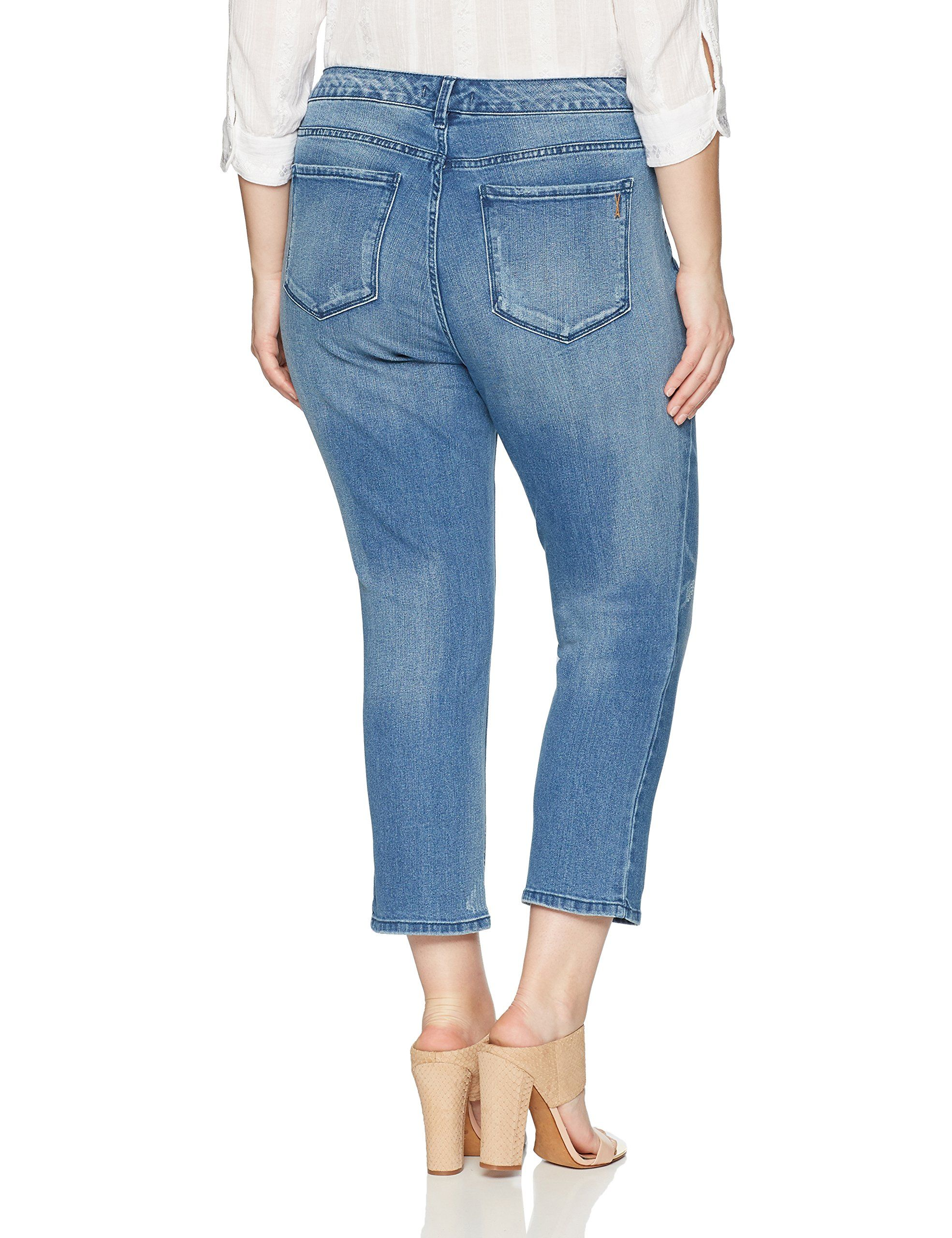30a2cb226f2 Vintage America Blues Womens Plus Size Boho Slim Roll Cuff Crop Capri  Nouveau Wash 18W     Click image for more details. (This is an affiliate  link and I ...