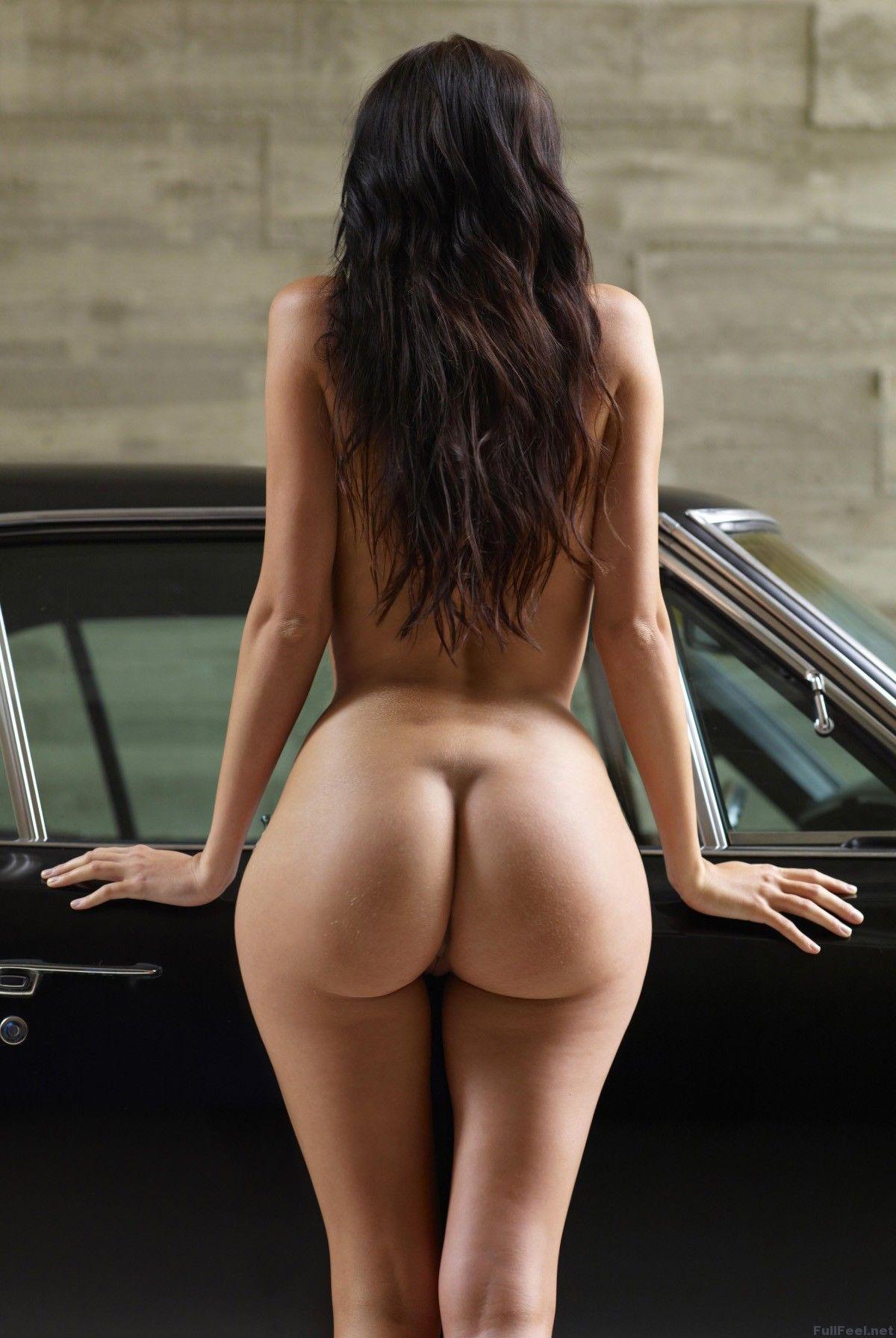 Pefectly shaped girls naked