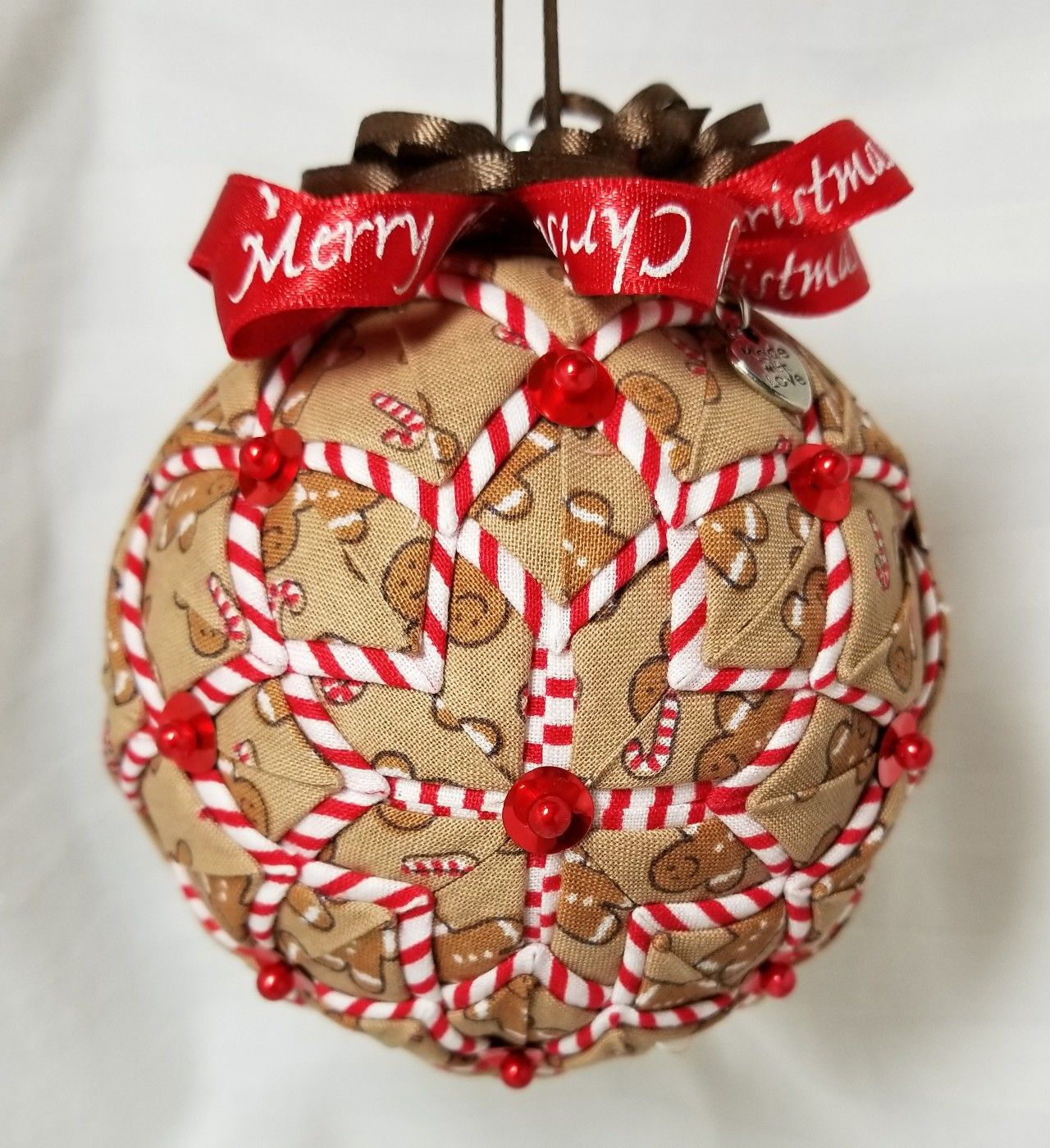 Folded Fabric Ornament Ball Made By Kathy Hatch Fabric Christmas Ornaments Quilted Christmas Ornaments Christmas Ornaments Homemade
