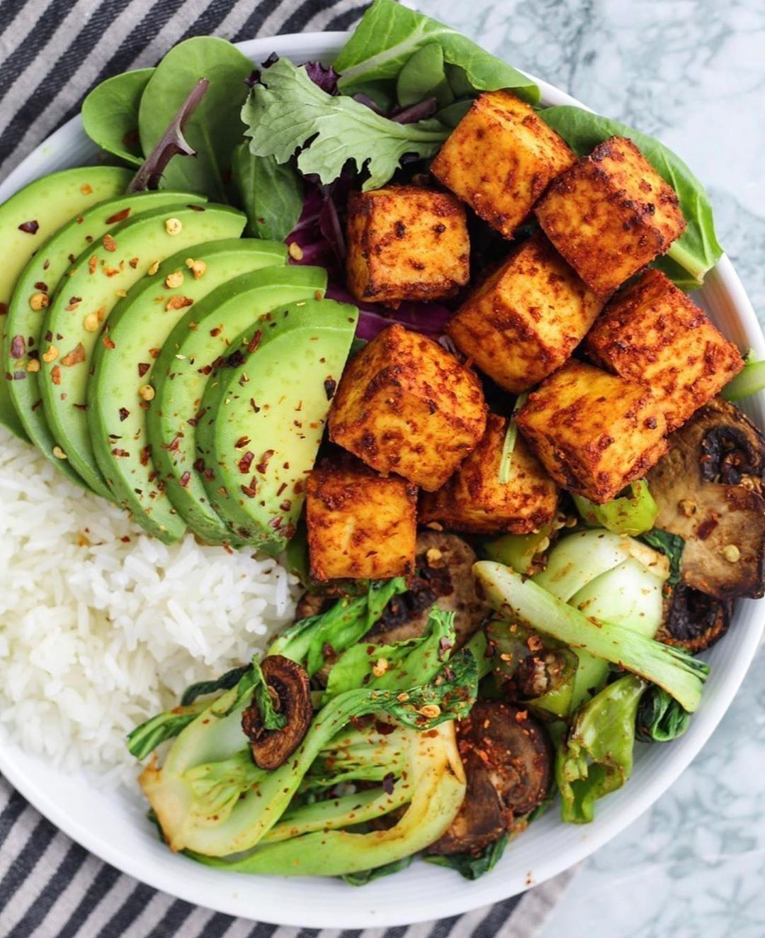 Vegan Recipes On Instagram Don T Mind Me I Ve Been Obsessed With Tofu This Week To Change Things Up I Made In 2020 Smoked Chili Whole Food Recipes Vegan Recipes