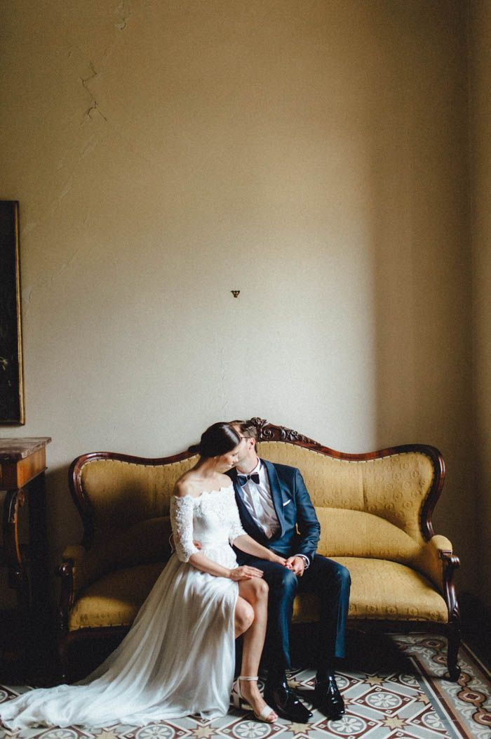 This Tuscany wedding is equal parts romantic and stylish | Image by Kreativ Wedding