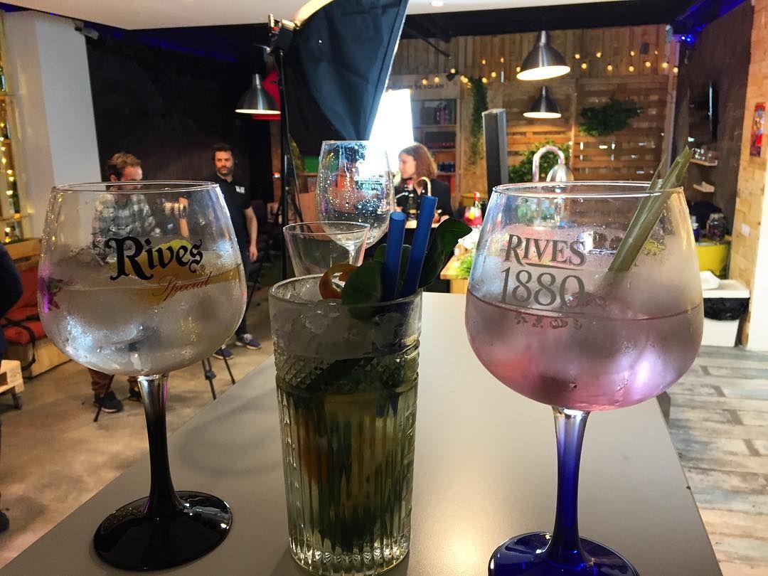 Momentazo #SpanishGintonic con @rives_gin