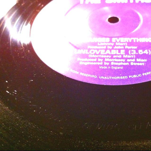 """Talent Borrows, Genius Steals"" #thesmiths #RTT192 #etch #easteregg #hidden #message #vinyl #album #nowplaying #smiths #stuffyoudidntknow"