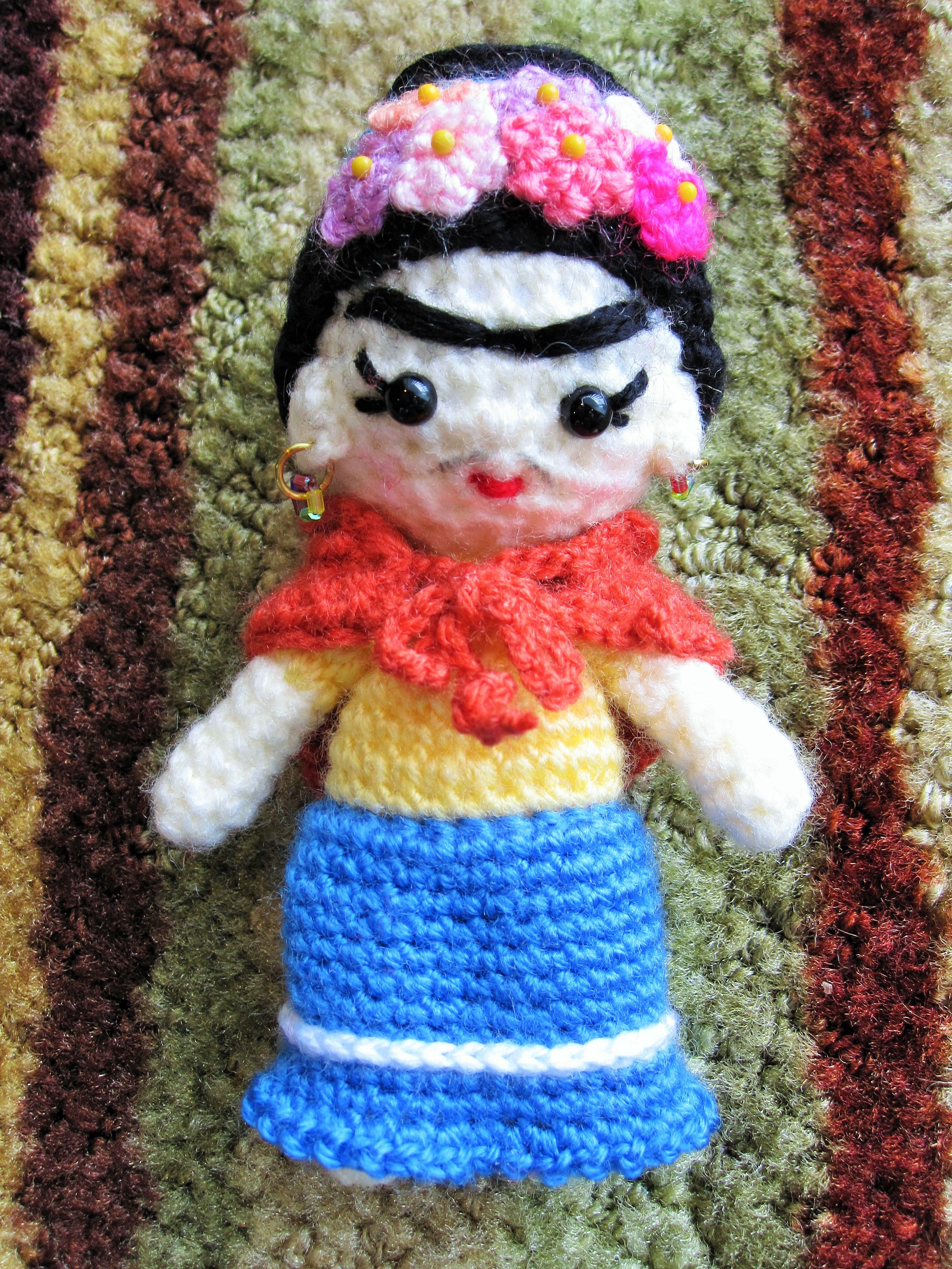 Amigurumi Monster Free Pattern : Crochet Frida Kahlo FRIDA Pinterest Frida kahlo ...