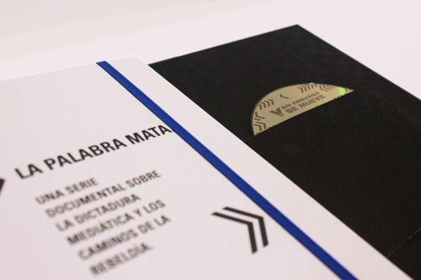 Y SIN EMBARGO SE MUEVE | Dossier by laMuda, via Behance