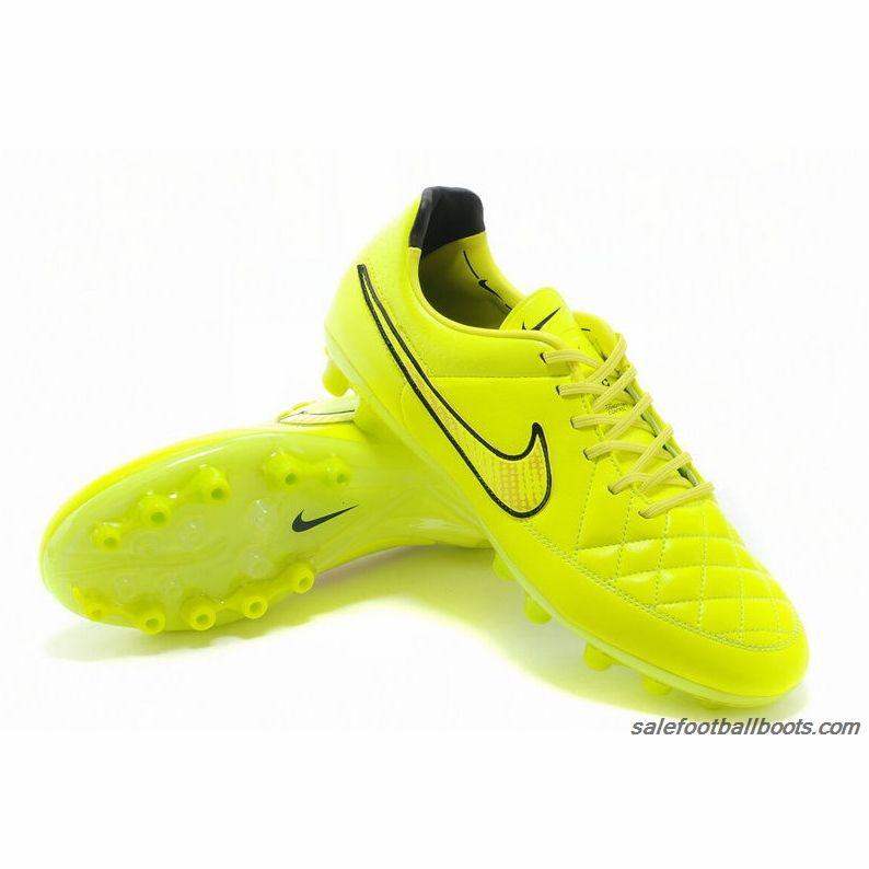 consenso Cuna Final  Sale Nike Tiempo Legend V AG Green Gold Black | Black football boots,  Football boots, Cheap football boots