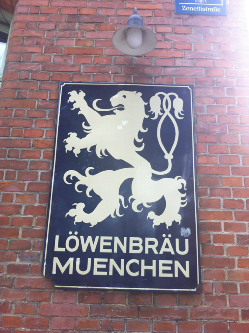 Time for a beer at #Löwenbräu Munich