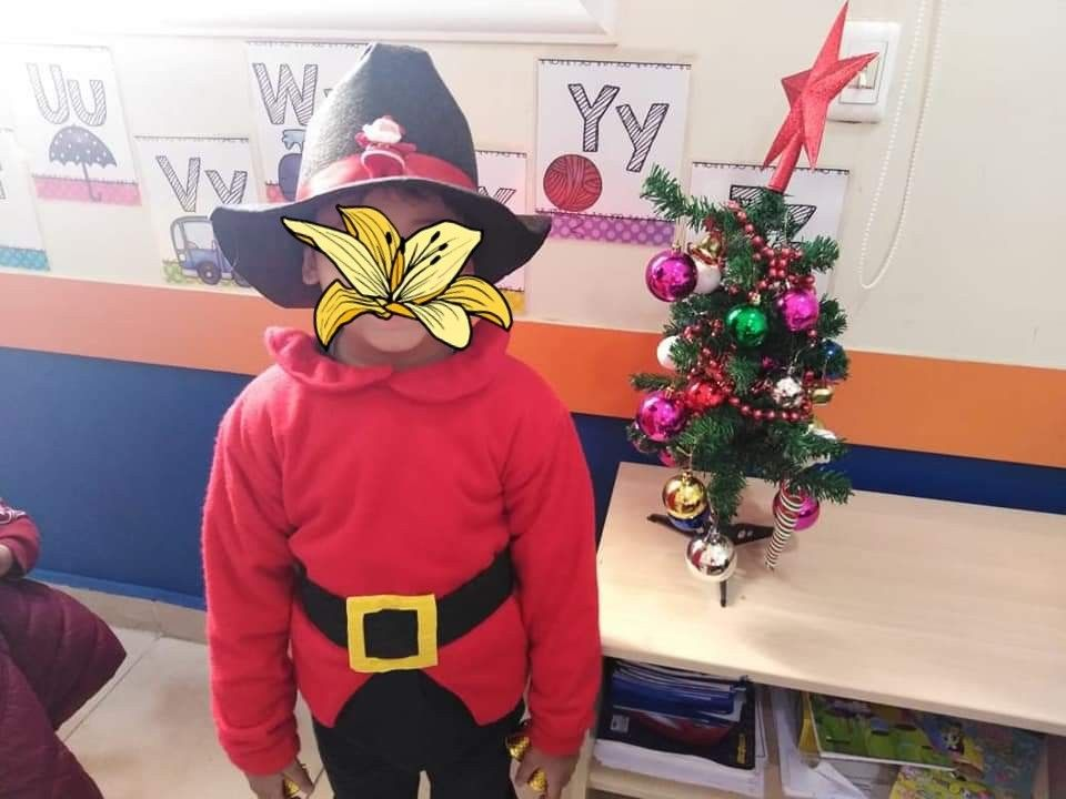 Costume لبس تنكري الأقزام السبعة Christmas Costumes Art Christmas