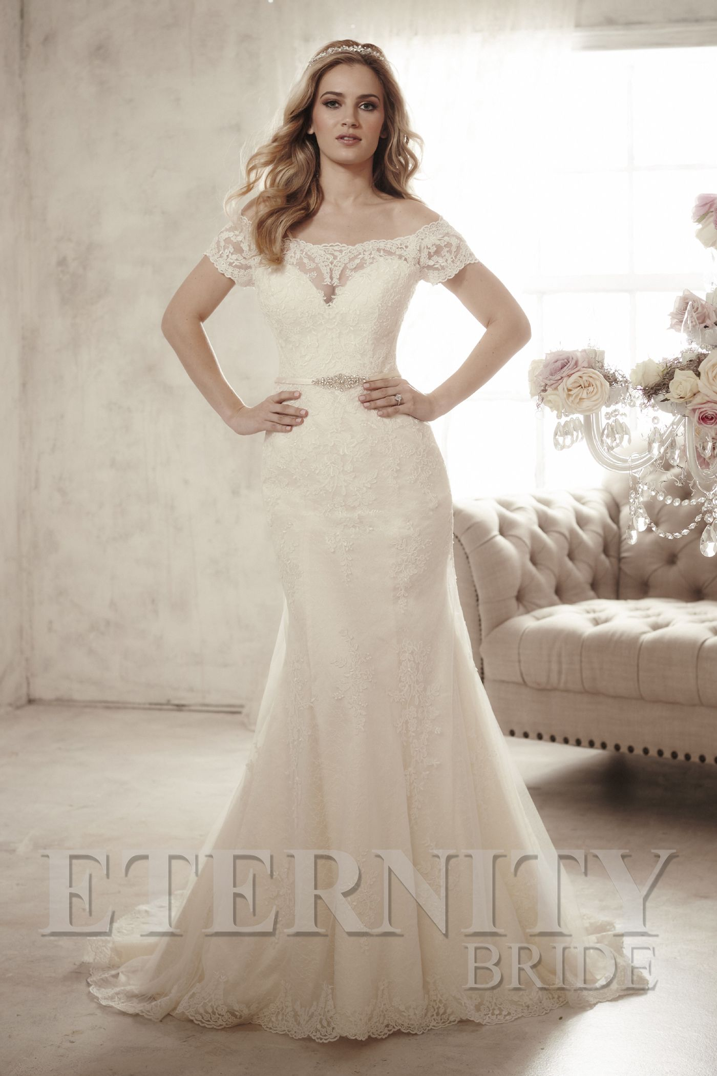Wedding dresses with lace sleeves off the shoulder  D  Beautiful lace wedding dress with sweetheart illusion