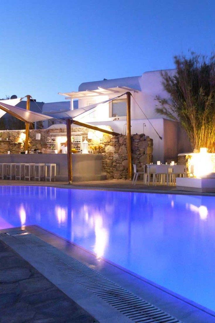 overlooking the Aegean Sea. Ostraco Suites, Mykonos