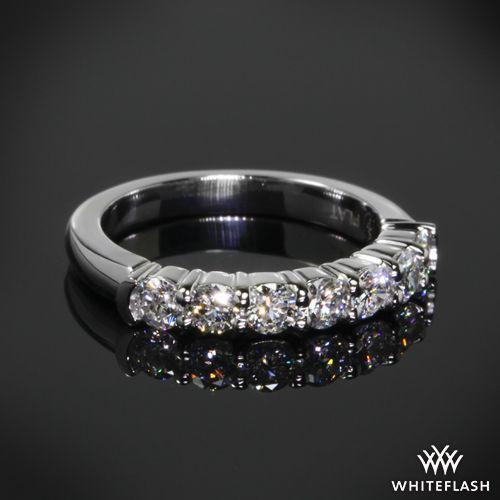 Seven Stone Shared G Diamond Wedding Ring