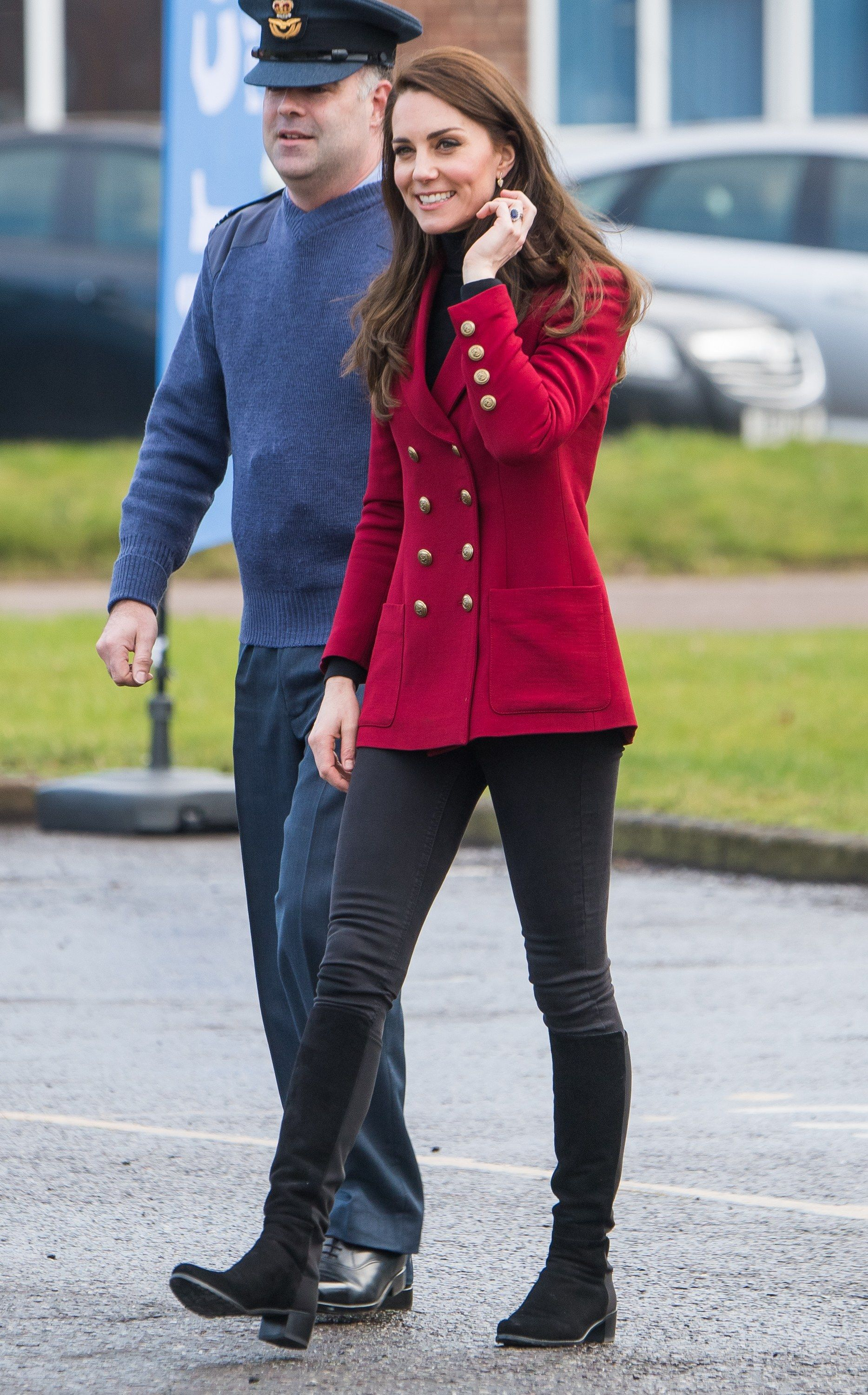 231a8c13fbd5a Kate Middleton Found the Perfect Pair of Skinny Jeans, and They're Under  $100