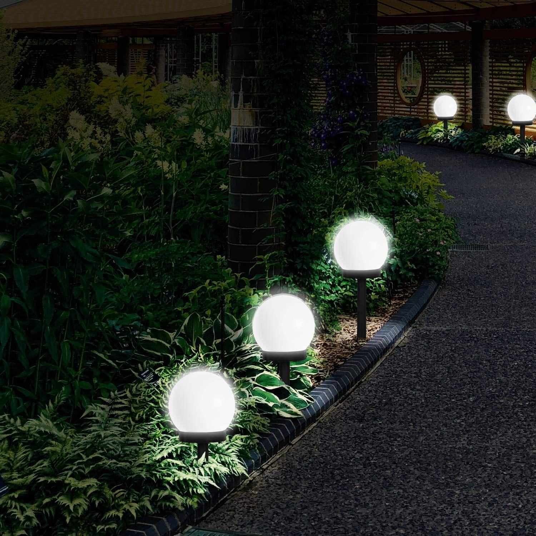 Diese Weissen Solar Gartenlicht Mit Einem Kugelschirm Und Erdspiess Ist Eine Perfekte Dekoration In 2020 Solarlampen Garten Solarlampe Lampe