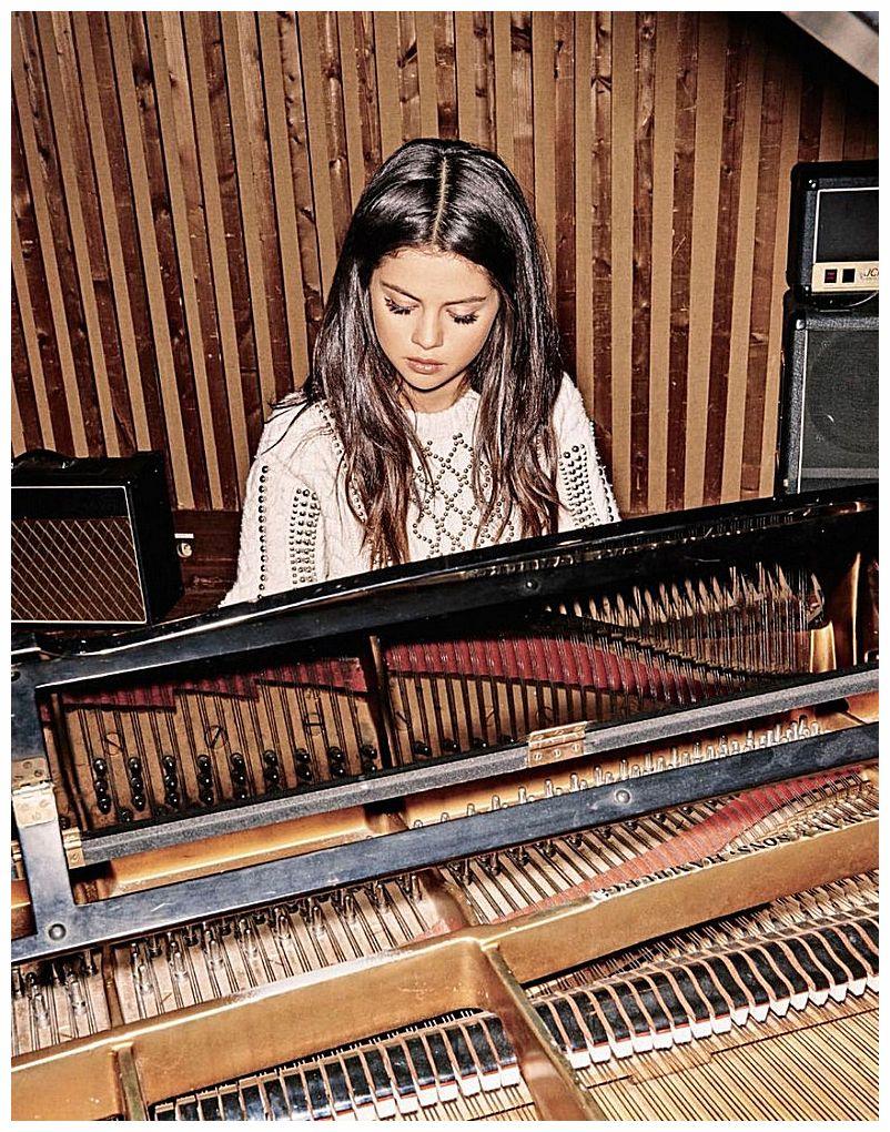 Selena Gomez – Grazia France Photoshoot – October 2015