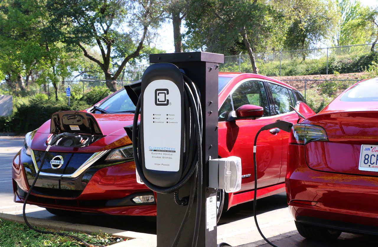 With Clippercreek S Newest Station You Can Charge 2 Electric Cars