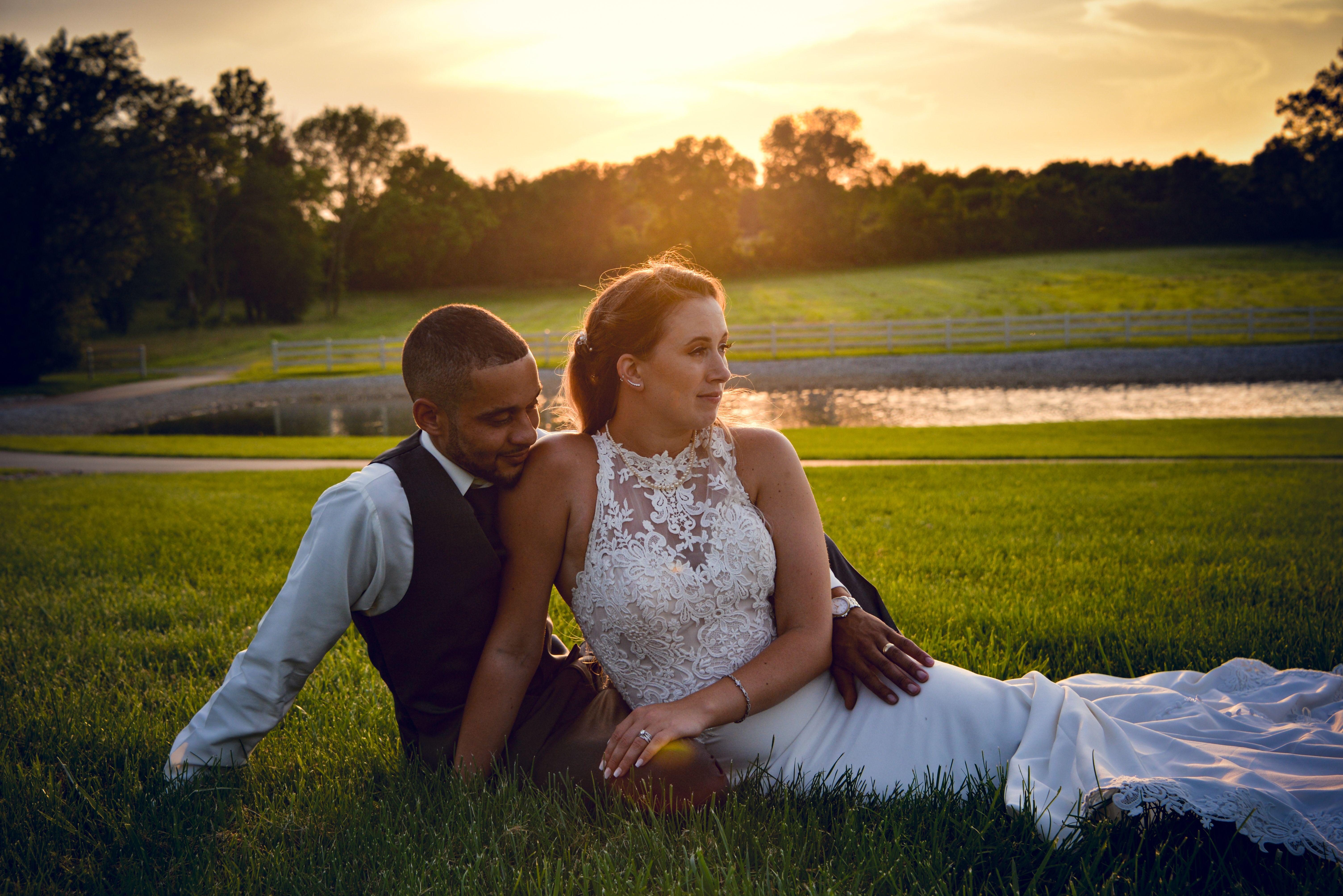 Brigid And Jared A Rolling Meadows Ranch Cincinnati Wedding In 2020 Cincinnati Wedding Photographers Cincinnati Weddings Cincinnati Wedding Photos