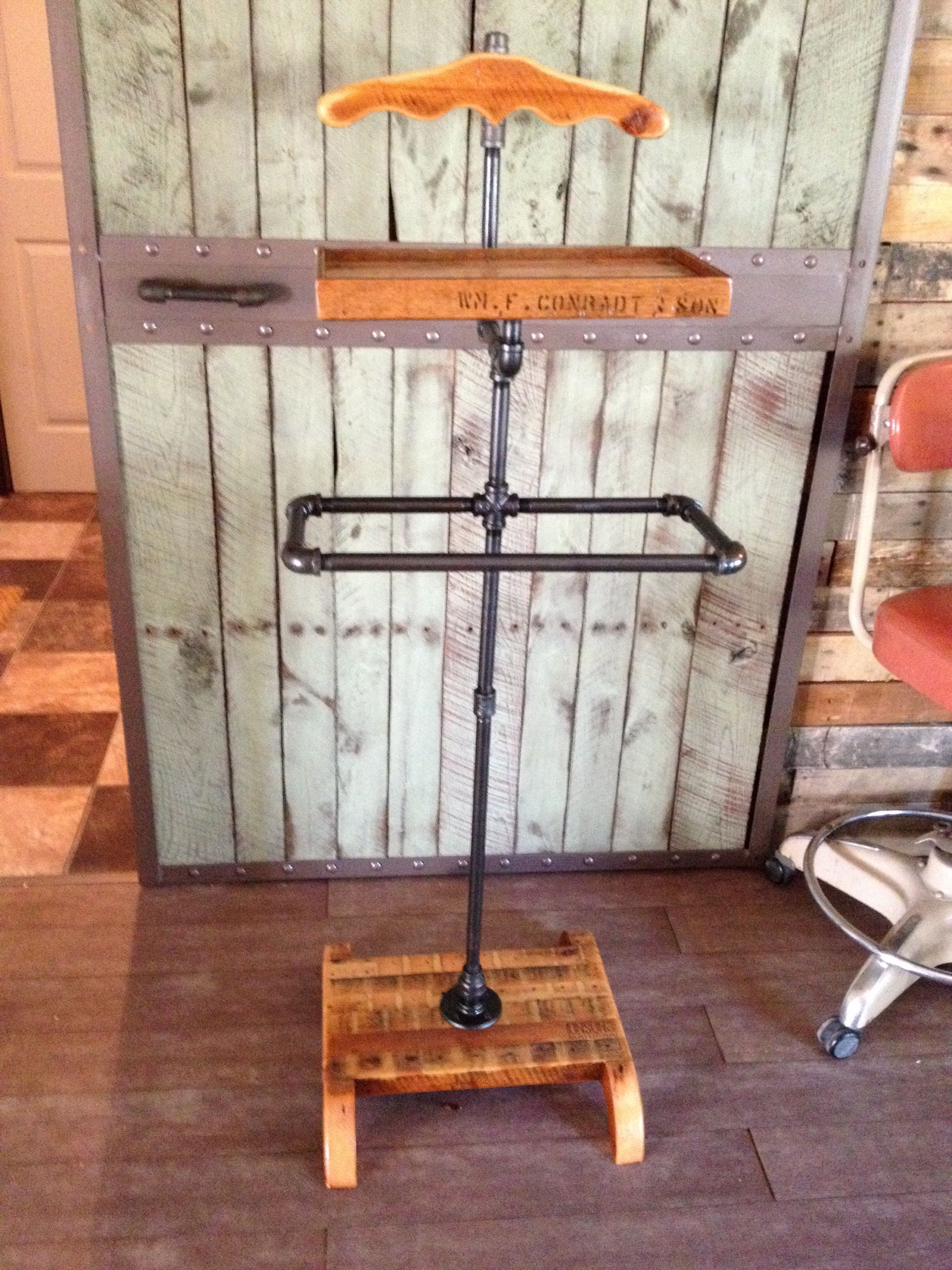 Rustic Suit Valet Made Of Reclaimed Wood And Black Iron
