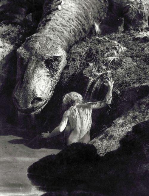 Die Nibelungen (Fritz Lang, 1924) via ahiddengardenofsecrets [wurko]