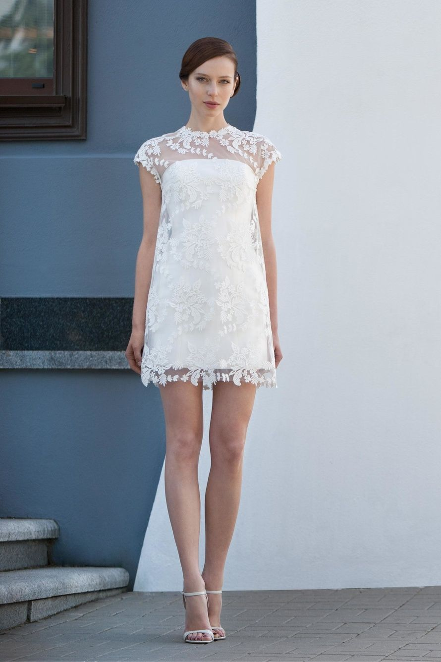 Платье молочные кружева