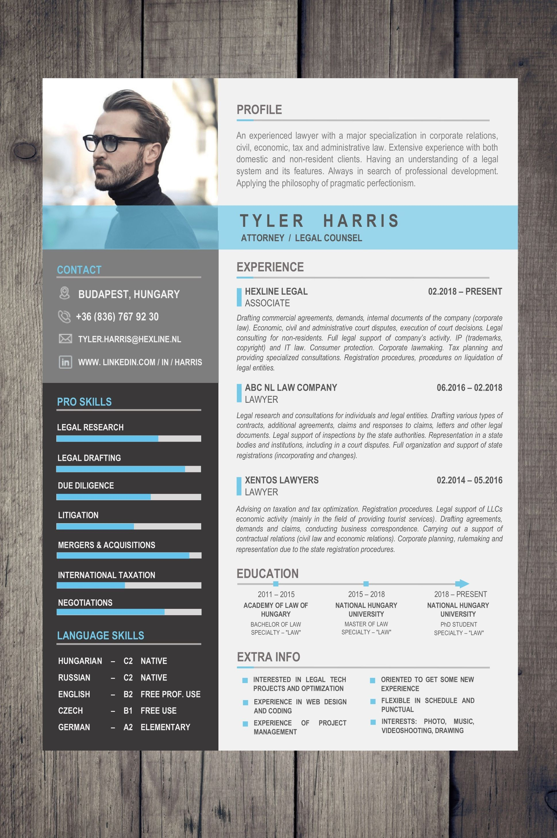 Beautiful Free Resume / CV in one page with matching cover