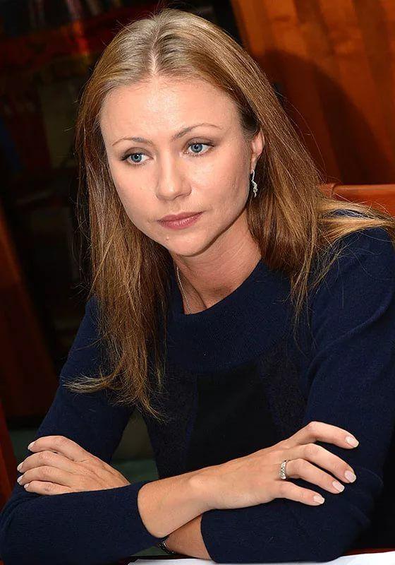 Актриса маша миронова фото