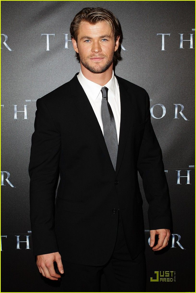 Chris Hemsworth: 'Thor' Premiere with Jaimie Alexander! | chris hemsworth thor premiere with jaimie alexander 01 - Photo