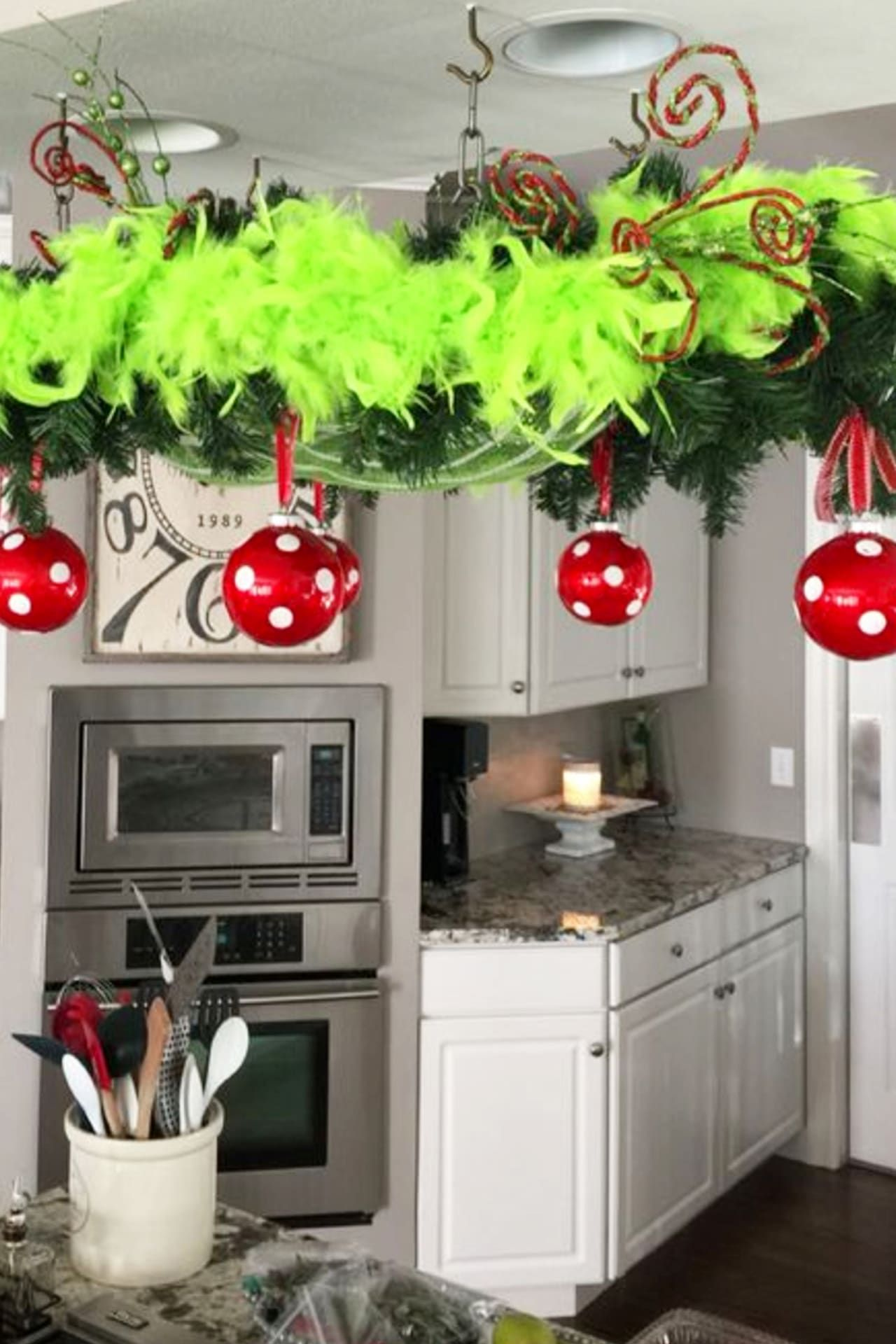 Easy DIY Grinch Decorations, Ornaments & Crafts for