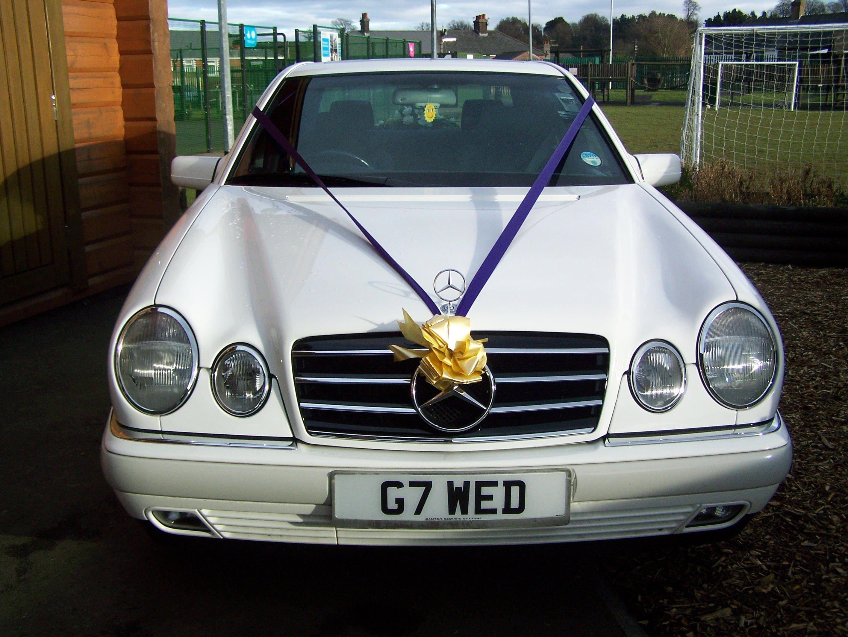Mercedes benz 280sl car vehicl wrap mercedes benz merced pagoda - Mercedes E230 With Our Cadbury Colour Scheme