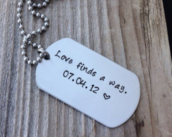 40 Cute Dog Tag Quotes And Ideas Girlfriend Gifts Boyfriend Gifts Diy Gifts For Girlfriend