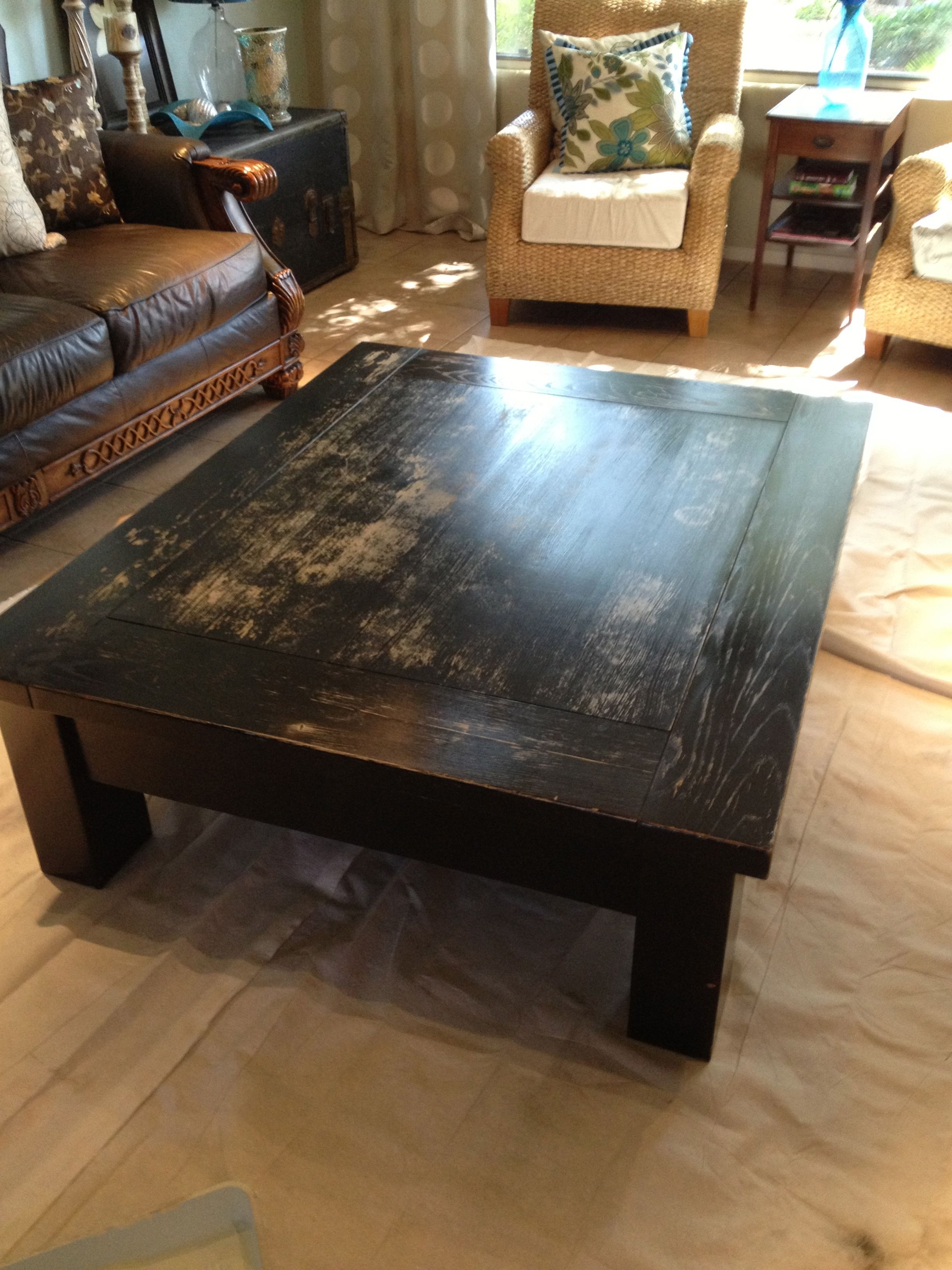 Pottery Barn Black Round Coffee Table