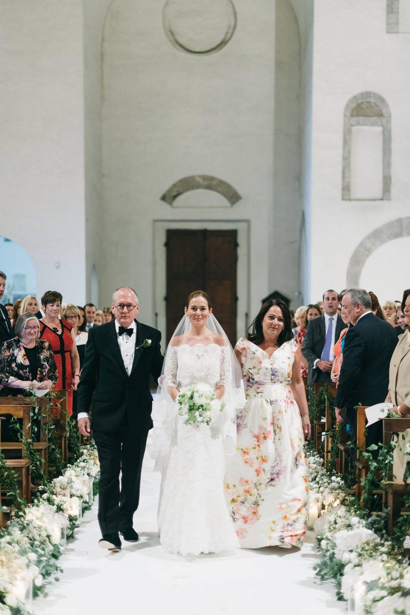 Meg Scanlon And Michael Mcgillen S Intimate Destination Wedding In Tuscany Italy Wedding Dress Vogue Wedding Tuscany Wedding