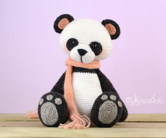 This is a crochet pattern (PDF file) NOT a finished doll you see on the photos! This pattern is available in Dutch and English (German coming soon)  Let me introduce to you: My Little Panda Bear!! My Little Panda Bear turns out at a size of 18 cm with the yarn I used (sockyarn). If you are choose other yarn with smaller ore bigger gauge the dolls measurements will change. Thank you for coming by!  Kristel Droog kristeldroog@gmail.com