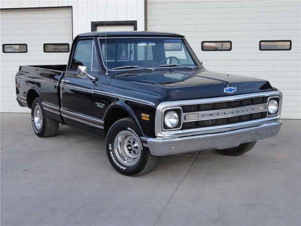 1969 Chevrolet Cst 10 Custom Pickup With Images Classic Chevy