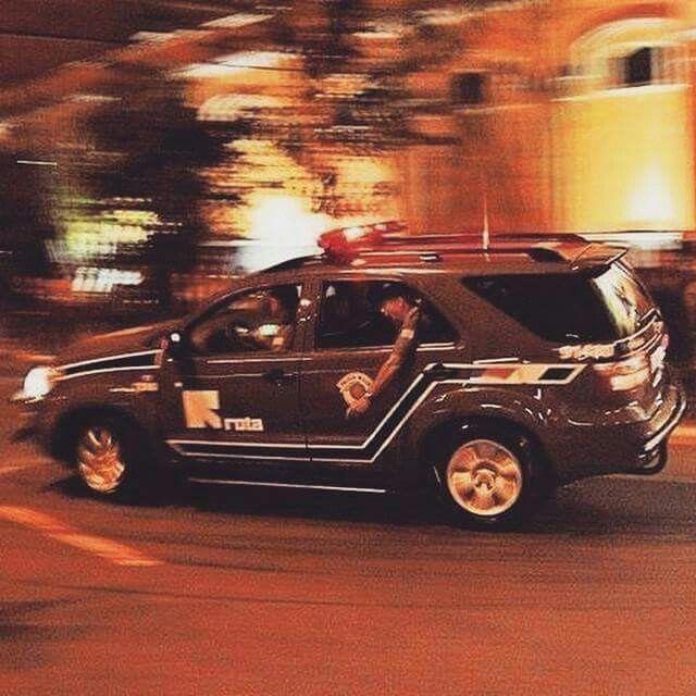 Admiradores Da Rota Polícia Militar Carro De Polícia