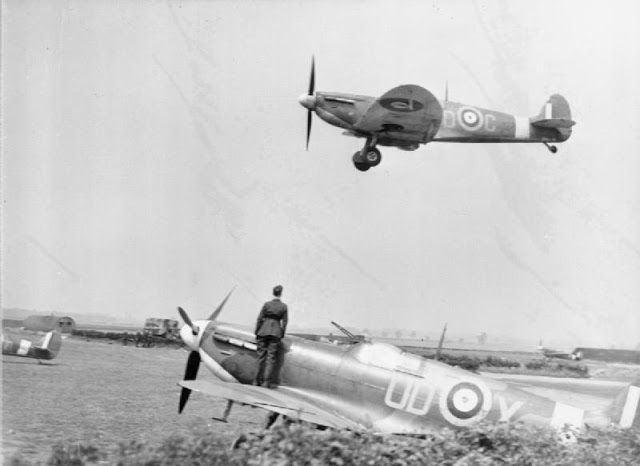 A Royal Australian Air Force Spitfire landing in Lincolnshire.