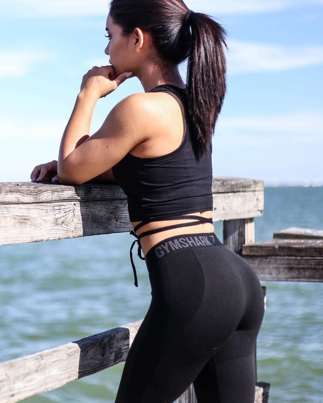 An All Black Kinda Day. Flex Leggings With Ribbon Crop