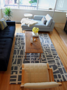 An example of a well-staged living room for when you're trying to sell your house. For the full tip, check out the article here: http://www.expresshomebuyers.com/free-and-low-cost-tips-for-staging-to-sell-your-home-the-main-living-areas/
